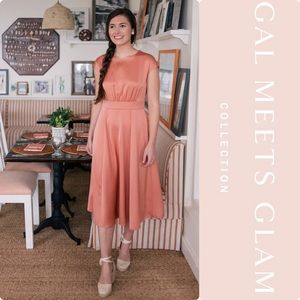 Gal Meets Glam Julia Crepe Back Satin Midi Dress